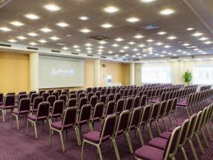 meetings2 1280x960